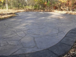 resized_arizona flagstone with acid stained borderss.JPG