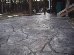 resized_arizona flagstone, natural and charcoal.JPG