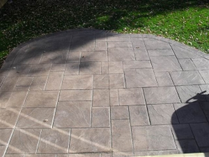 resized_georgian slate patio.JPG